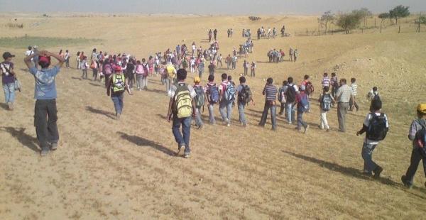 بحجّة الحرب: عام دراسي جديد ومدارس النقب من دون كهرباء
